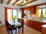 Кухня в греческом доме