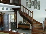 Инкрустированная лестница в греческом доме