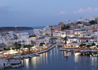 Греция. Ночной пейзаж